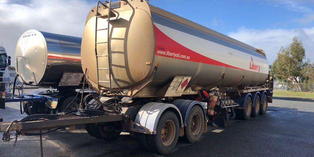semi-trailer-mechanical-servicing